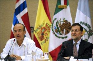 Felipe Calderón junto a Mariano Rajoy durante Foro Económico Mundial para América Latina en en Cartagena de Indias, Colombia.